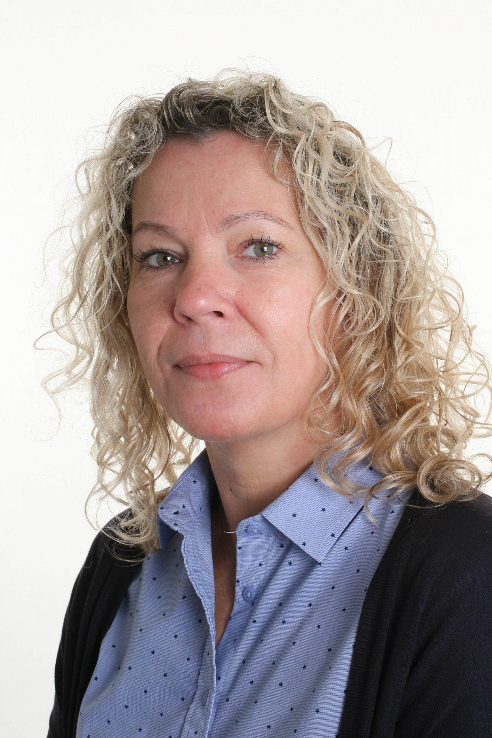 Francesca Marbaix : Admin assistant